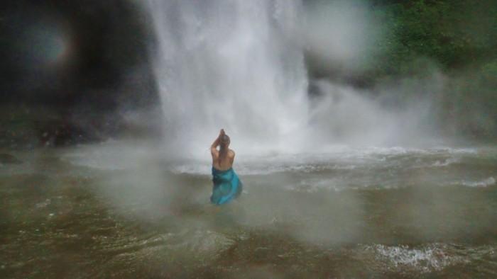 nungnung waterfall_v (800x450)